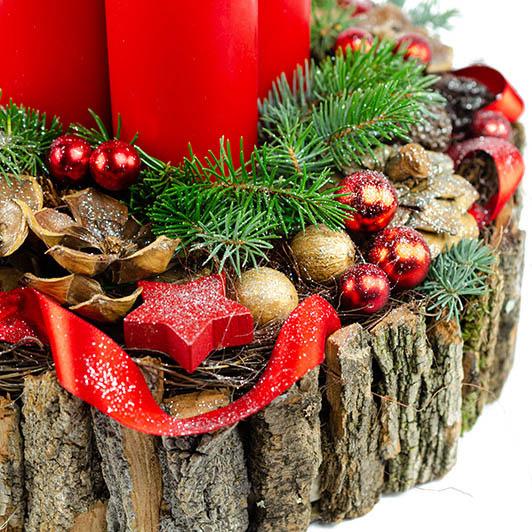 Luxusní adventní svícen s exotickými plody a červenými svíčkami 4