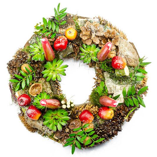 Adventní přírodní věnec s jablíčky a sukulenty 3