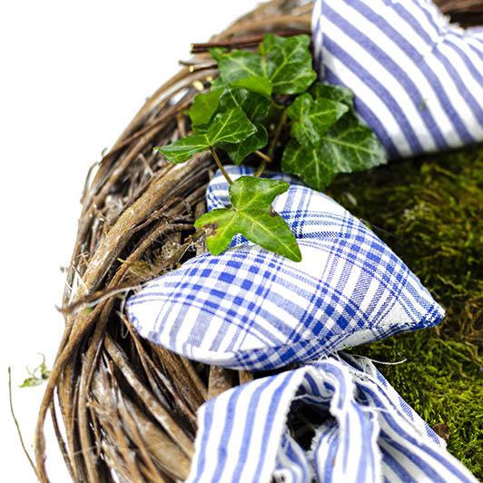 Jarní věnec v modrém 1