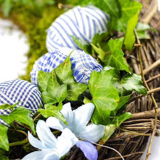 Jarní věnec v modrém 5